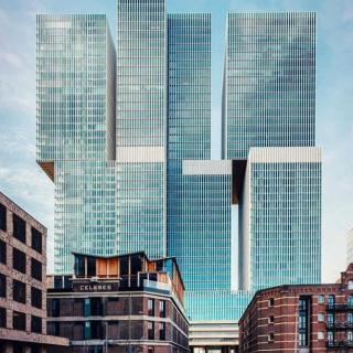La réouverture de notre ligne directe pour Rotterdam vous promet un city-break riche en découvertes architecturales. La ville aborde plusieurs constructions insolites modernistes qui en font une destination prisée des amoureux d'art et de culture ! . . 📷 danielwolthuis . . #DepartToulonHyeres #Voyage #Vacances #Decouvertes #ToulonVousOuvreLeMonde #rotterdam #paysbas #architecture #modernist #building #skyscraper #amsterdam #netherlands #holland #travel #theneverlands