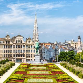 Découvrez toute l'année la magnifique capitale de la Belgique ! Avec son architecture Art nouveau et gothique, son centre ville vous promet de belles découvertes ! . . #ToulonVousOuvreLeMonde #DepartToulonHyeres #Voyage #Découvertes #Spotter #Bruxelles #Brussels #TUIfly #Belgique #IgersBrussels #BrusselsBelgium #Belgium #GrandPlace #ExploreBrussels #PassionPassport #Beautifuldestinations